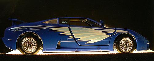 http://chebotar.ru/stuff/2009/02/bburago-bugatti-eb110-1.jpg