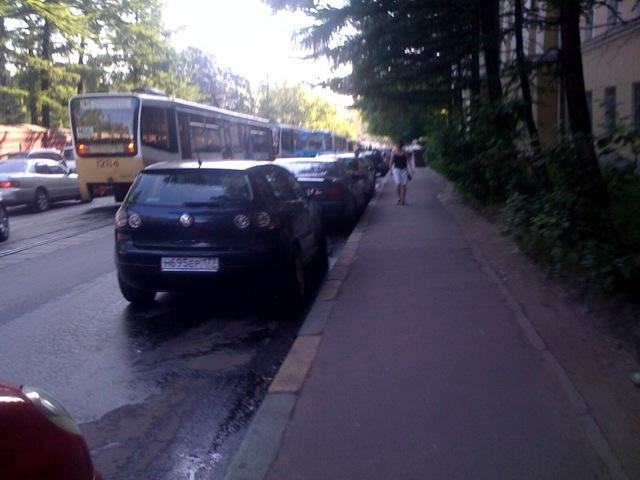 http://chebotar.ru/stuff/2009/06/trams.jpg