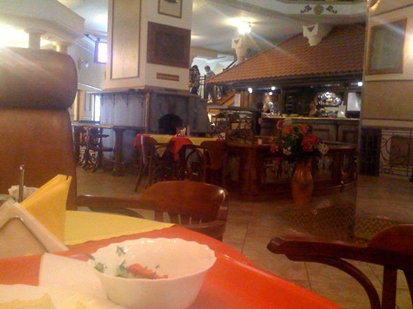 http://chebotar.ru/stuff/2009/09/kafe.jpg